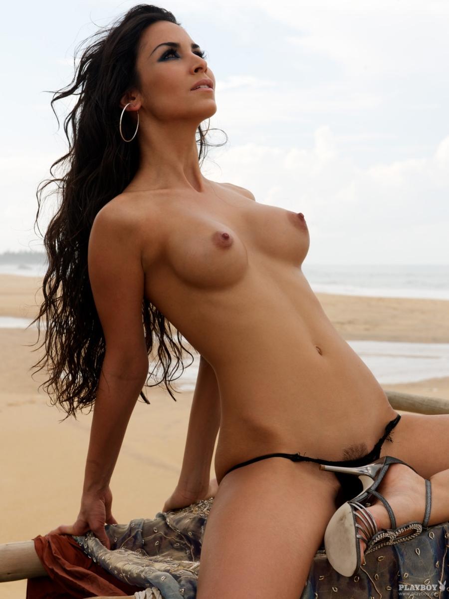 Actress linda kelsey posing nude join