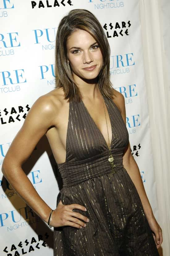 For Your Monday Viewing Pleasure We Present Missy Peregrym