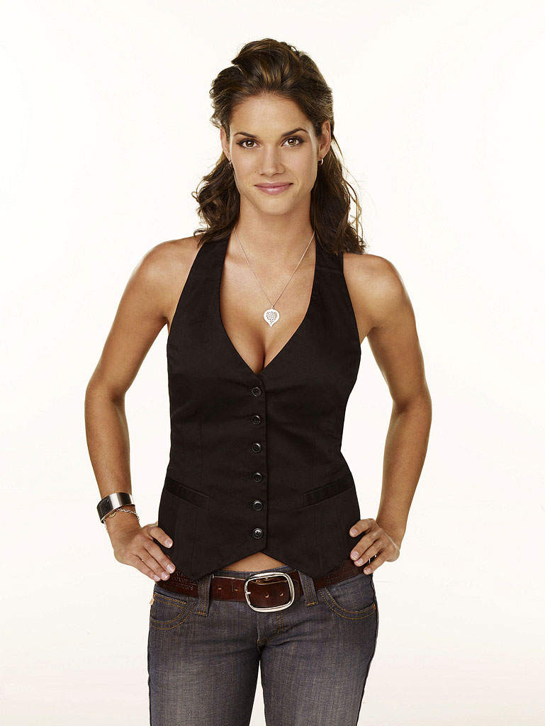 Rule 5 Monday Missy Peregrym The Rio Norte Line