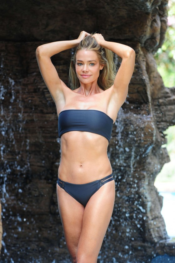Denise richards the world is not enough - 2 part 9