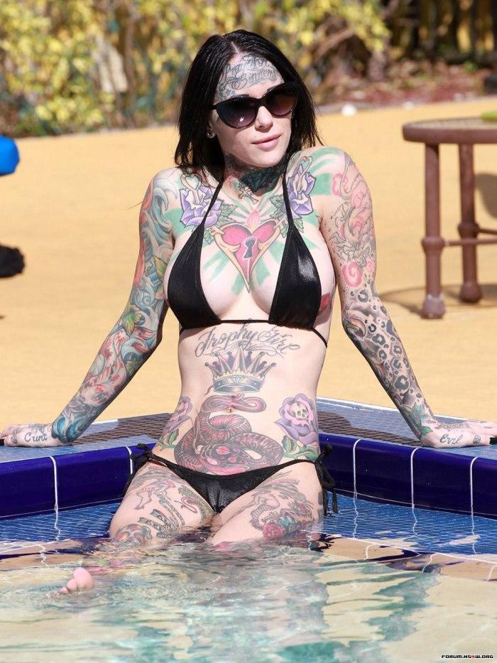 Michelle Bombshell McGee in Black Bikini