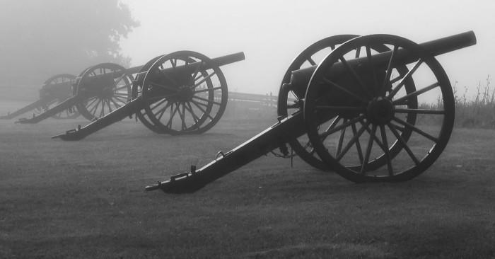 19-040-Antietam-cannons-bw-1_91-to-1